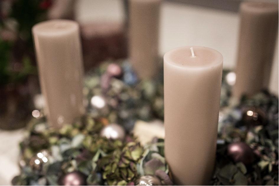 Kerzen, Vasen und Keramik – eindrucksvoll